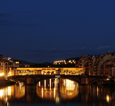 Ponte-Vecchio-at-night-Florence