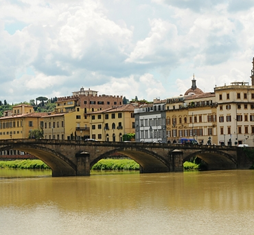 The-Arno-River-in-Florence