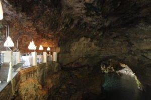 Ristorante Grotta Palazzese inside